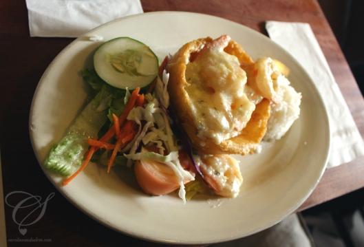 Shrimp mofongo from Café Puerto Rico - THE BEST! Mofongo aux crevettes du Café Puerto Rico; c'est LE meilleur!