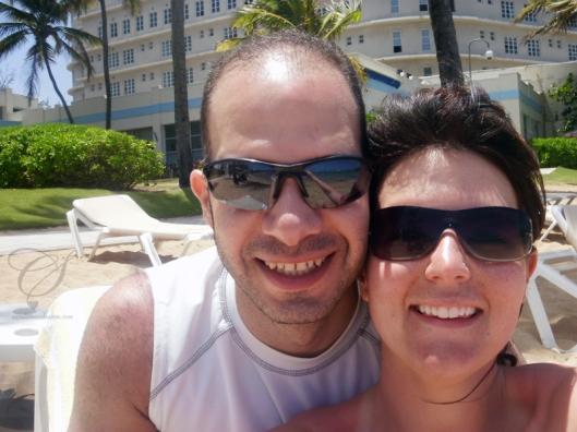 Enjoying our last day on the beach. On profite de notre dernière journée sur la plage.